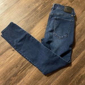 Lucky Brand Mid-rise Skinny Jeans size 25
